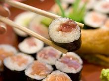 Среди любителей японской кухни распространяется сальмонеллез