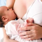 Грудное молоко может подавлять ВИЧ-инфекцию