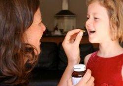 В чем опасность лечения антибиотиками для детей