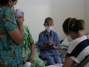 В Таджикистане начали лечить семейный туберкулез