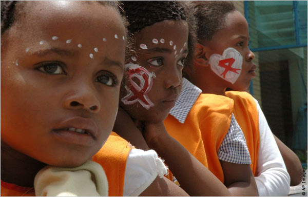 Препараты от СПИДа продлили жизнь жителям ЮАР на 11 лет