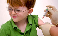Более 30 тюменских школьников госпитализировали после прививки от туляремии