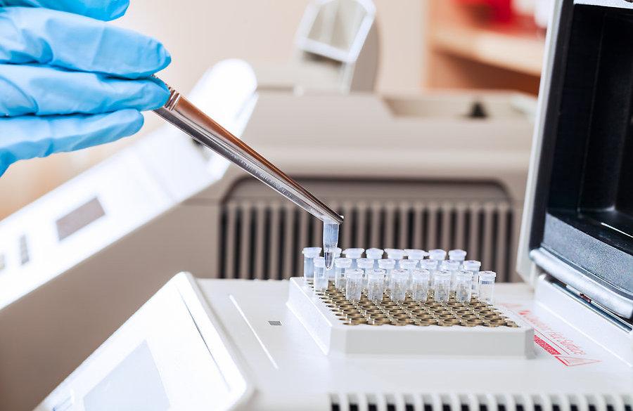 Ученые провели испытание вакцины против лихорадки Эбола