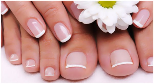 Уход за кожей рук и ногтями в летний период