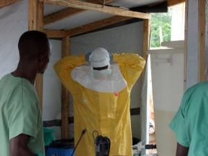 Российские ученые отправятся в Африку для борьбы с лихорадкой Эбола