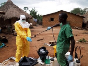 МИД просит отказаться от поездок в Западную Африку из-за лихорадки Эбола
