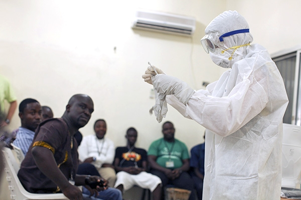 ВОЗ просит западноафриканские страны ввести обязательный медконтроль на границе