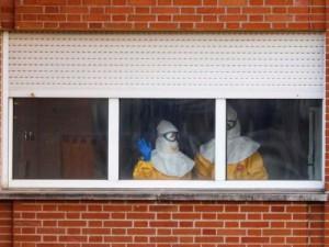В Испании заразившаяся вирусом Эбола медсестра пошла на поправку