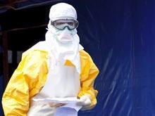 Страх лихорадки Эбола заставляет власти отлавливать туристов с повышенной температурой