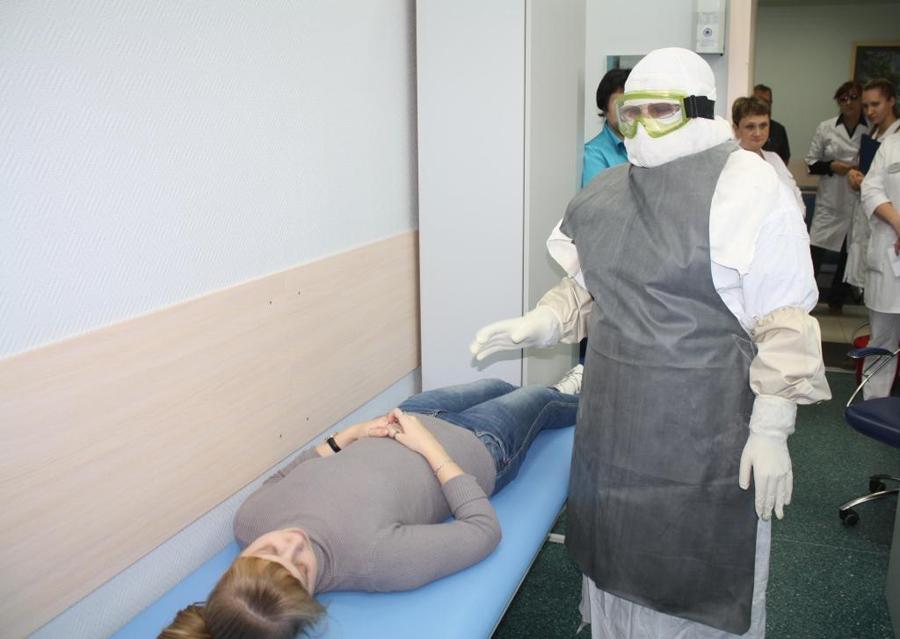 Учения по борьбе с Эболой проходят в России