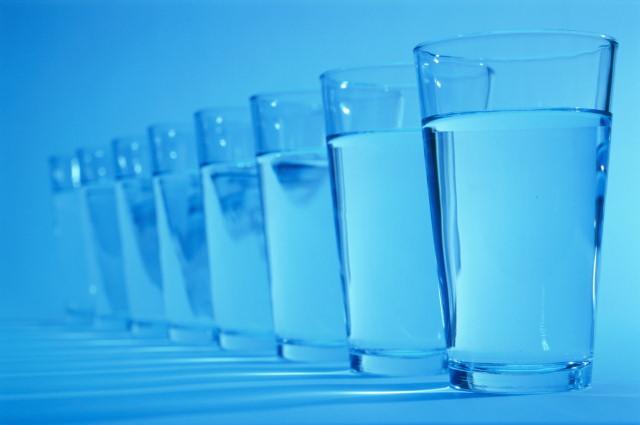 Источником кишечной инфекции в иркутской школе стала питьевая вода в бутылках
