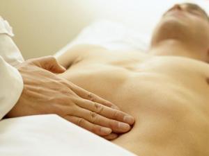 Язва желудка и двенадцатиперстной кишки: причины и лечение