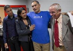 Швейцарские врачи вылечили коллегу с Кубы от лихорадки Эбола за 2 недели