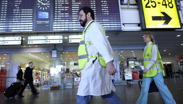 Минздрав: симптомов Эболы у пассажирки в «Шереметьево» не обнаружено