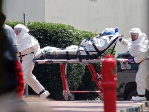 Медсестра из Техаса подала в суд на больницу после заражения вирусом Эбола