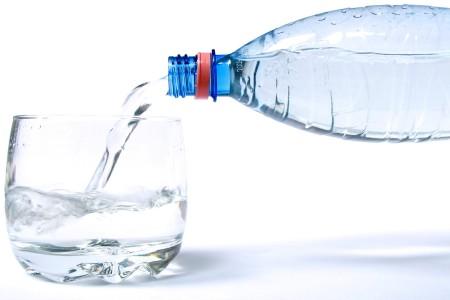 Почему вредно пить газированные напитки