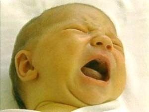 Желтуха у новорожденных: что делать