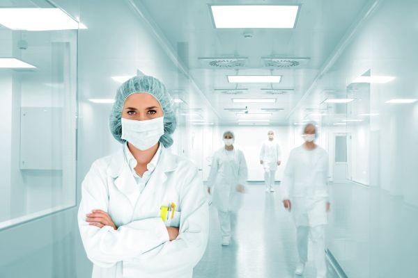 Импортные лекарства для ВИЧ-пациентов заменят на отечественные