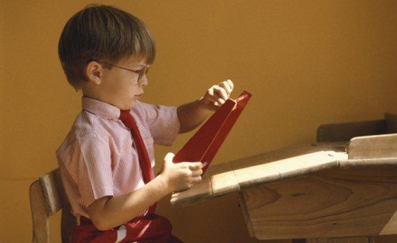 Как сохранить зрение школьнику?