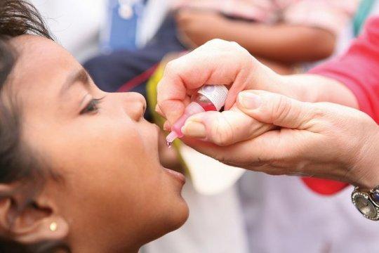 Полиомиелит: почему вакцинация необходима?