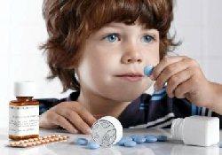 Чем опасен для детей прием антибиотиков?