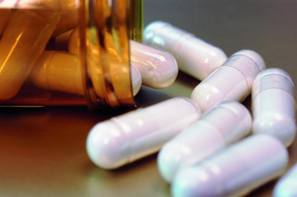 Антибиотики снижают иммунитет на два года