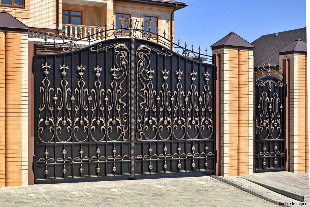 Ворота для приусадебного участка. Критерии выбора