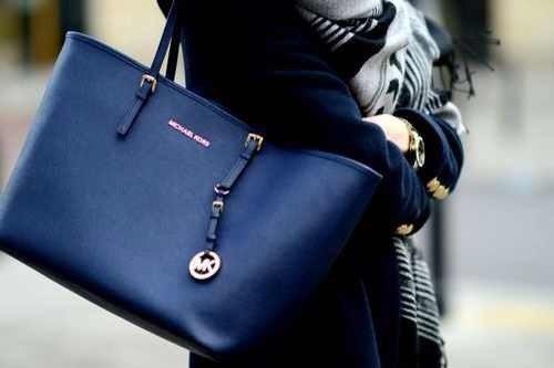 Брендовая сумочка для дамы — уникальный аксессуар