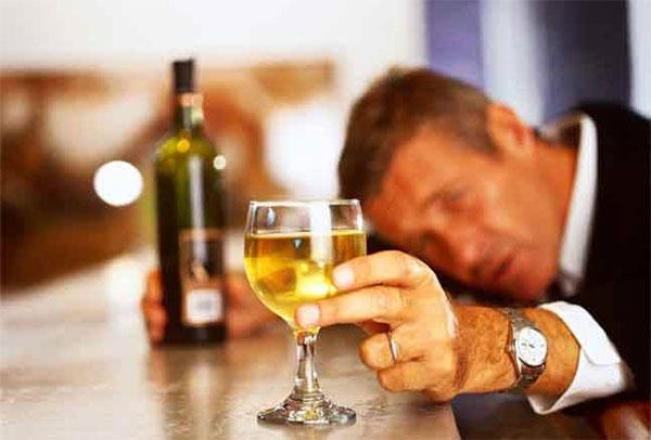 Как быстро избавиться от зависимости спиртных напитков?