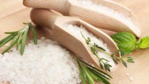 Солевая диета защищает от инфекционных заболеваний кожи