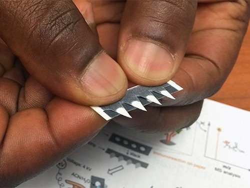 Бумажные тест-полоски помогут выявить малярию и рак