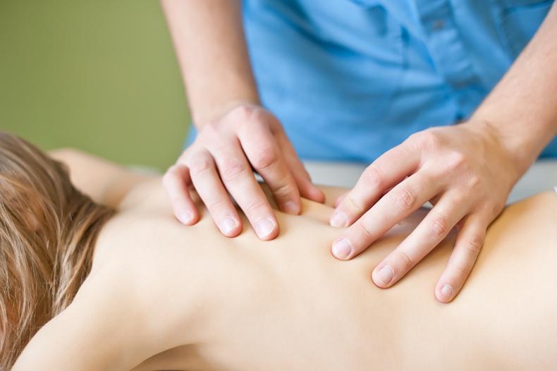 Почему стоит обращаться к врачу-остеопату