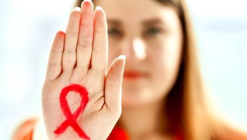 Ученые поведали, кто сильнее всего рискует подхватить ВИЧ в процессе секса