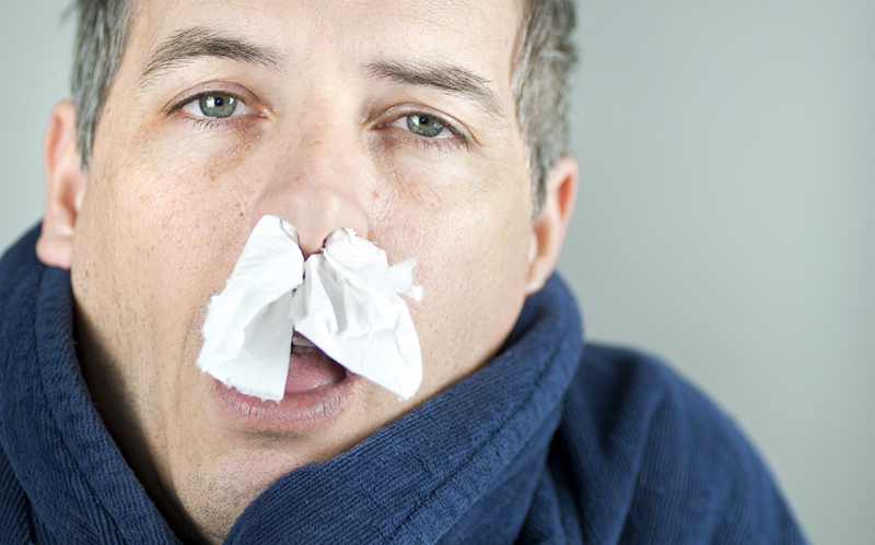 Вирусы атакуют мужчин и женщин по-разному