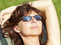 Чтобы меньше болеть, необходимо больше проводить времени на солнце