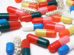 Микробы объединяются против антибиотиков