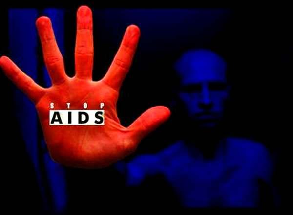 В Петербурге за год умерли более тысячи ВИЧ-инфицированных