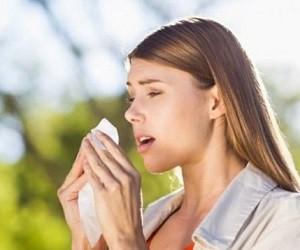 Исследователи выяснили, зачем закрывать рот во время чиханья