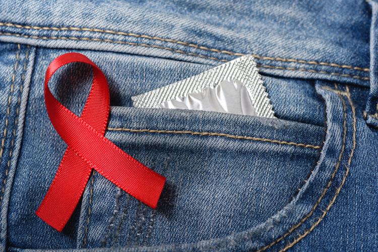 Мужчина, принимавший препарат для доконтактной профилактики, заразился ВИЧ