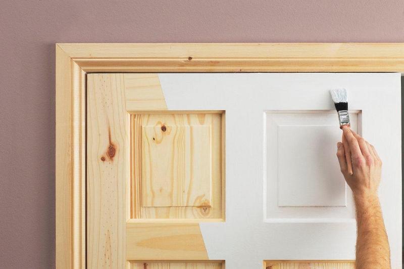Ремонт деревянных дверей: как он проходит и как получить хороший результат