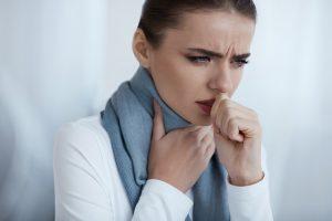 Кашель у взрослых: виды, важные симптомы и правильное лечение