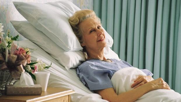 Ученые разработали имплантат, который убивает инфекции в организме после операции