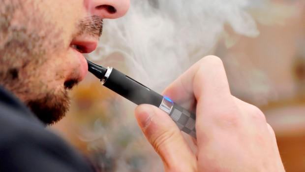 Электронные сигареты могут повысить шансы заболеть пневмонией