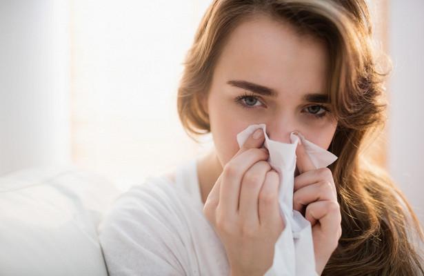 Почему не следует работать во время простуды