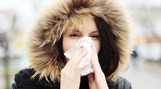 Медики рассказали об аллергии на зиму