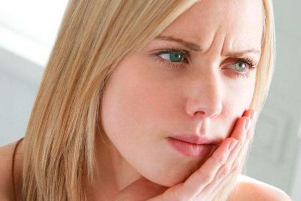 Лечение стоматита в домашних условиях: 5 советов