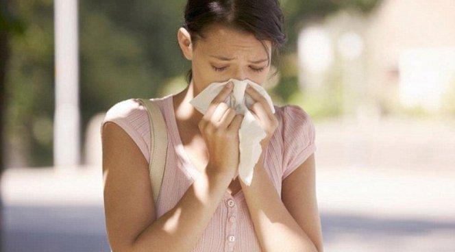 Летом люди простужаются чаще, чем зимой