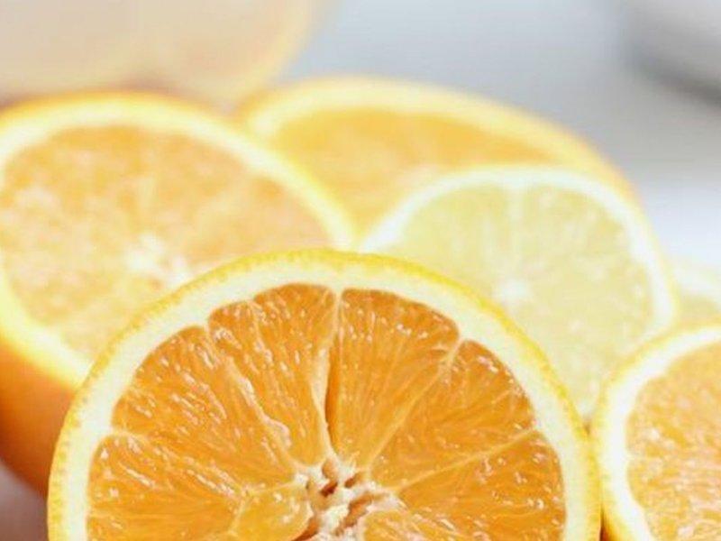 Витамин С не защищает от простуды, однако помогает выздороветь