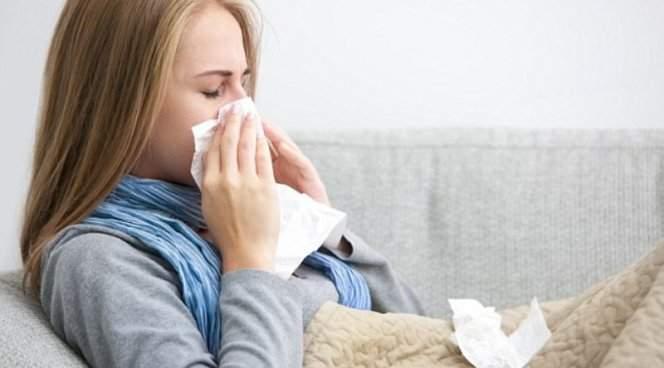 Названы проверенные способы лечения насморка