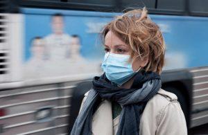 Может ли медицинская маска защитить от простуды